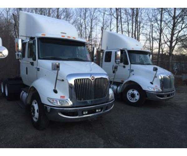 2013 International 8600 Extended Day Cab 4
