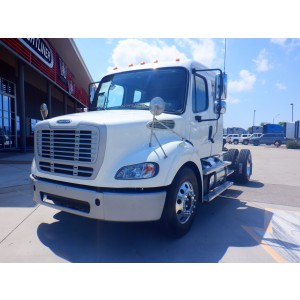 2014 Freightliner M2 Day Cab