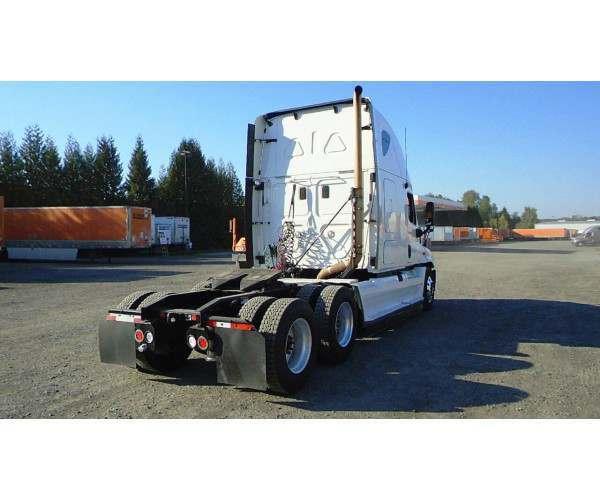 2011 Freightliner Cascadia7