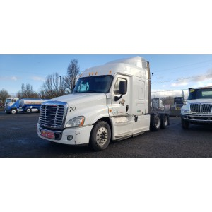 2014 Freightliner Cascadia in OR