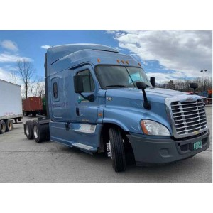 2014 Freightliner Cascadia in NH