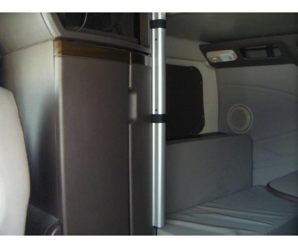 2016 Volvo VNL 780 in OH