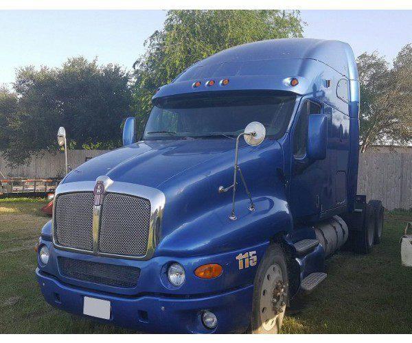 2005 Kenworth T2000 3