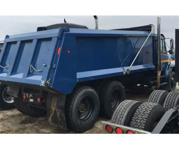 2000 Freightliner FL112 Dump Truck