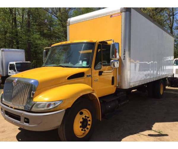 2007 international 4300 box truck in Connecticut, wholesale box trucks, ncl truck sales