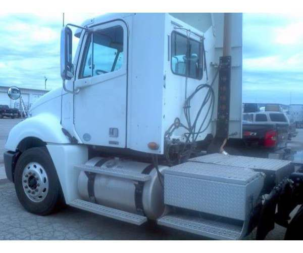 2009 Freightliner Columbia Daycabs 3