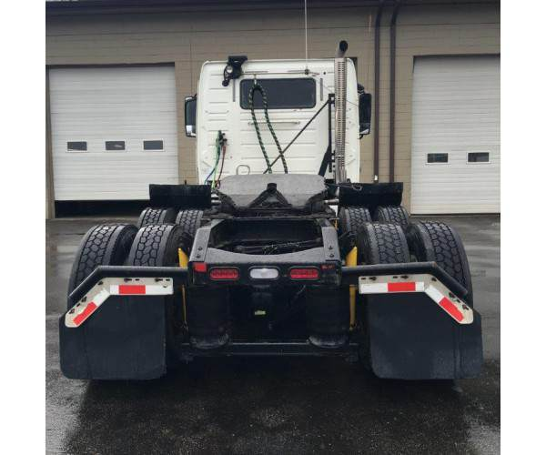2010, 2012 Volvo VNL64T Day cab with D13 engine in Kentucky, wholesale, ncl truck sales