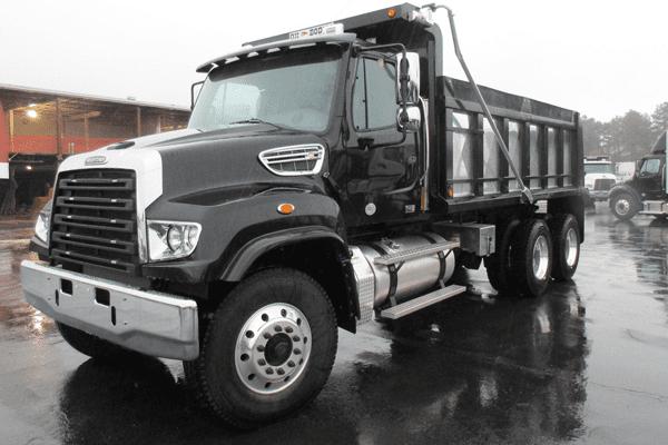 Freightliner 114SD  truck